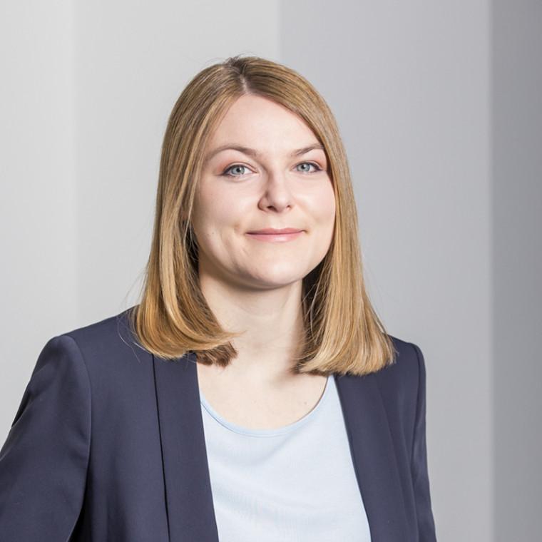 Rechtsanwältin Nina Lehmann Arbeitsrecht Mediatorin Frankfurt
